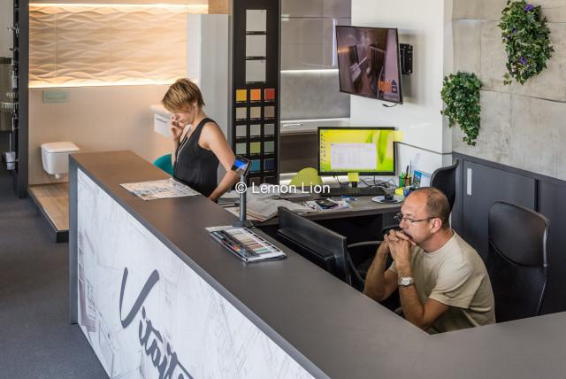 lemonlion-fotografovanie-zamestnancov-pri-praci-011